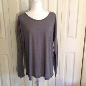 Colosseum Long Sleeve Tee. NWT. Size L